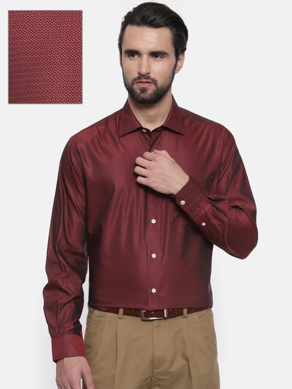 b39258b8704 Buy ColorPlus Men Maroon   Black Neo Classic Fit Self Design Formal ...