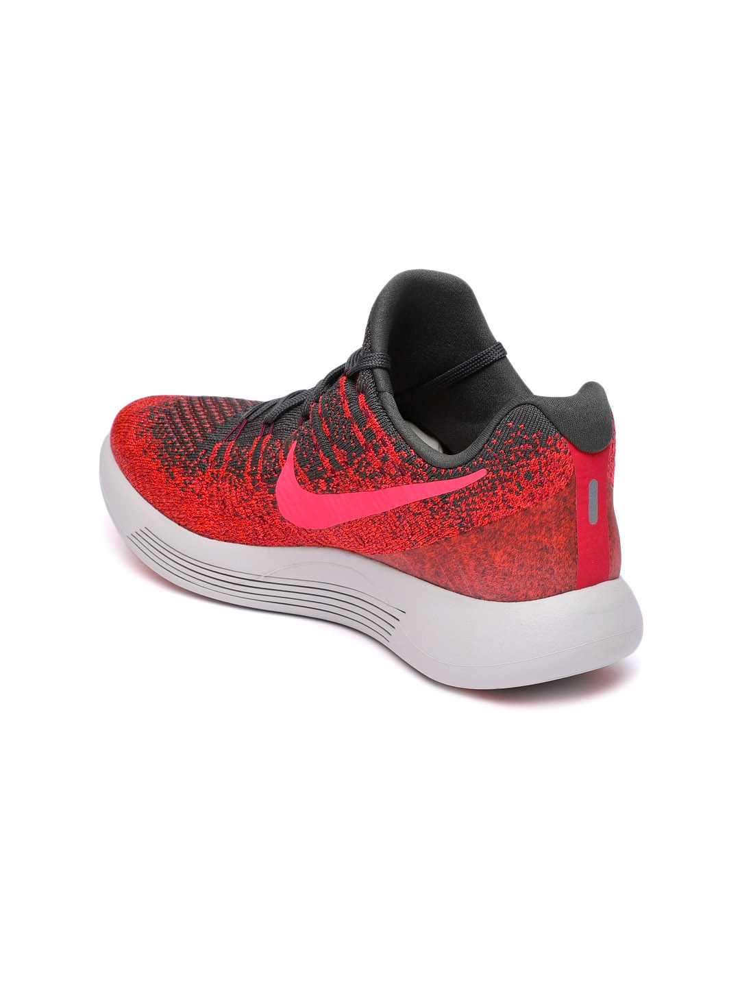 c4d2fdbe4ab5 Buy Nike Women Red   Black LunarEpic Low Flyknit 2 Running Shoes ...