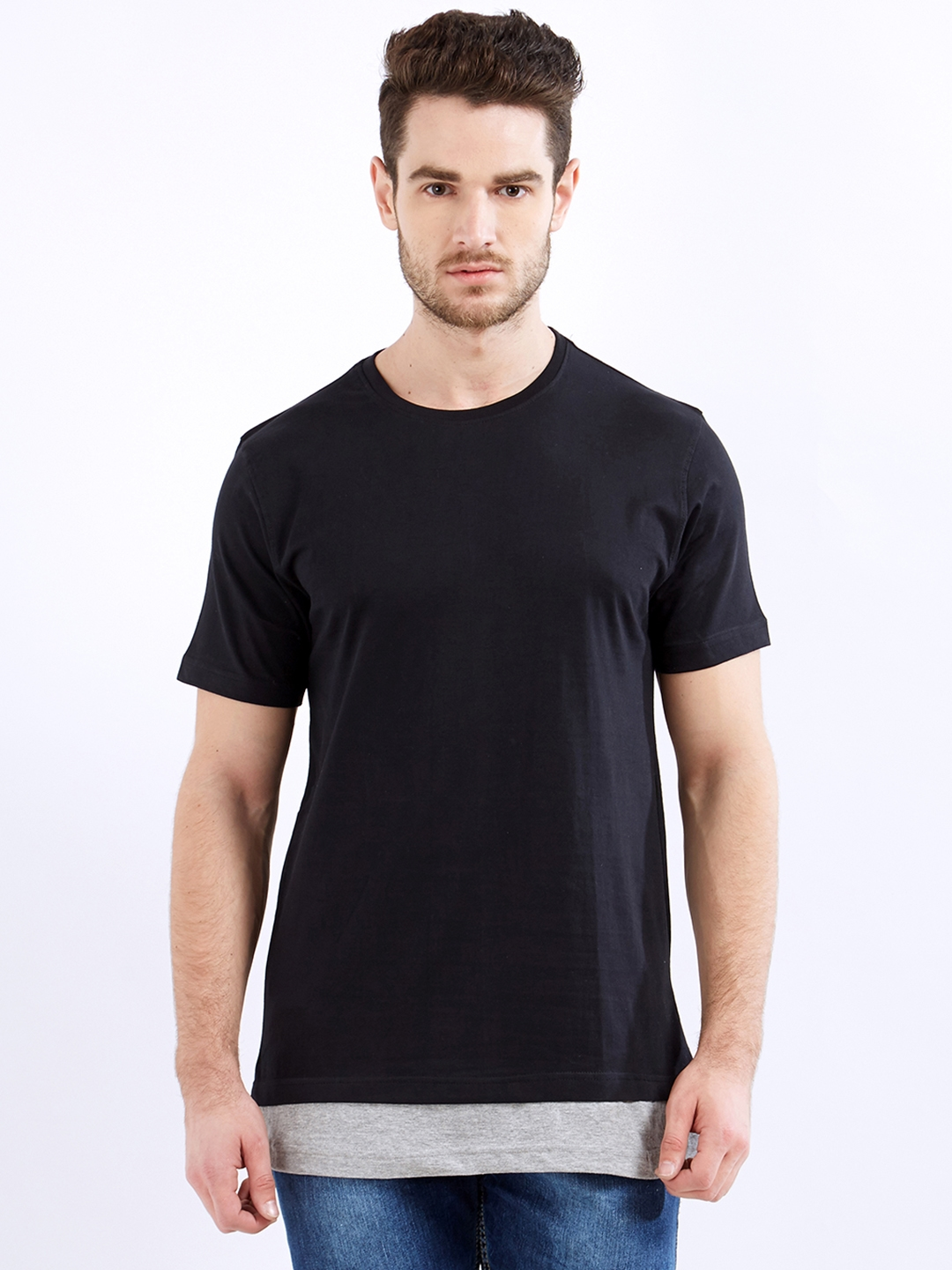 Maniac Men Black Solid Round Neck T shirt