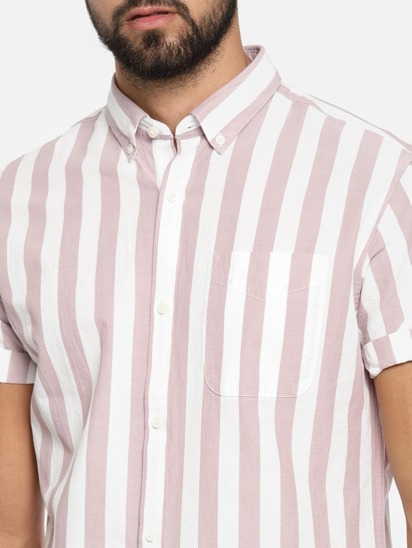 95cd9028c Buy Jack   Jones Men White   Mauve Slim Fit Striped Casual Shirt ...