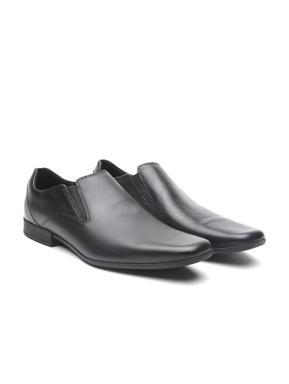 5dade54460a Buy Clarks Men Black Glement Slip Leather Slip On Shoes - Formal ...