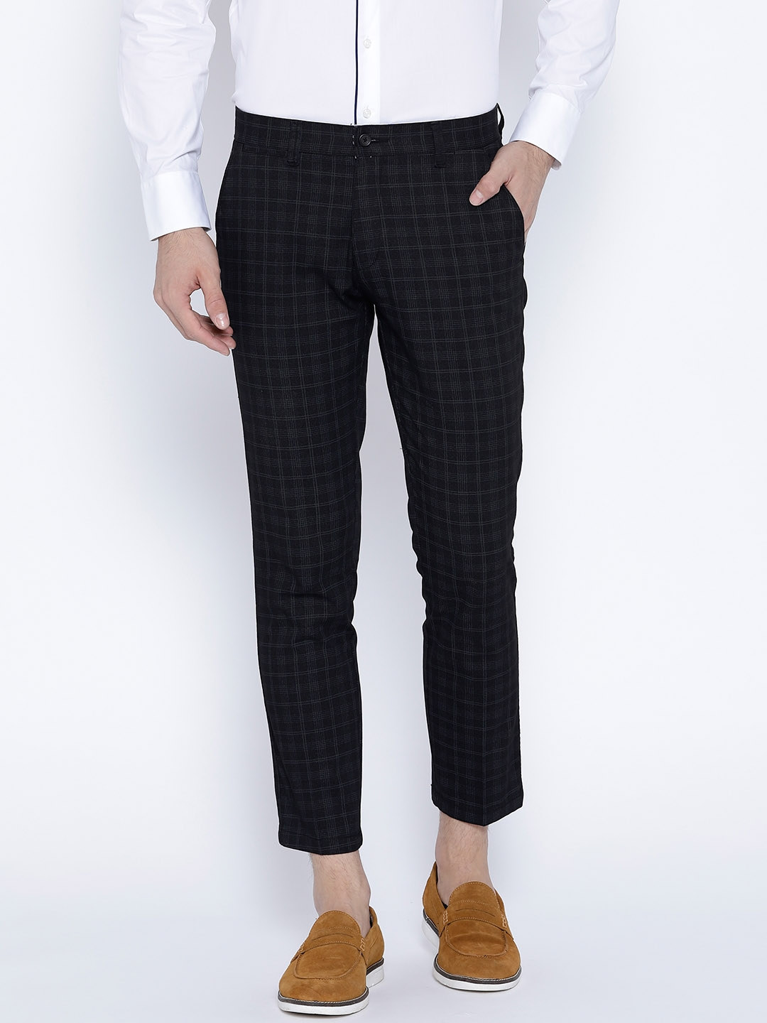 dd44c5c50b4 Buy Independence Club Men Charcoal Grey Smart Slim Fit Checked Regular Cropped  Trousers - Trousers for Men 3889513 | Myntra