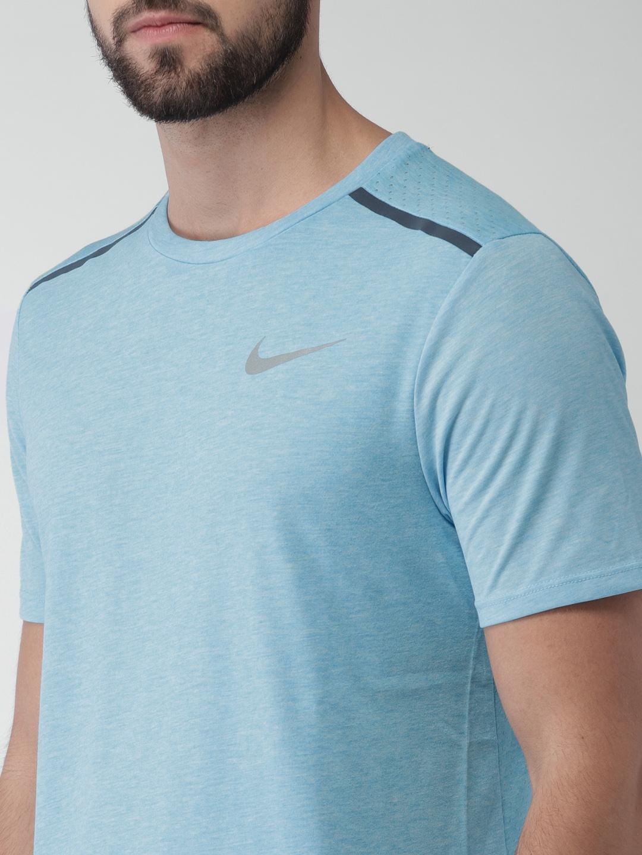 9ab821ad495a3 Buy Nike Men Blue Standard Fit Breathe Rise 365 Running T Shirt ...
