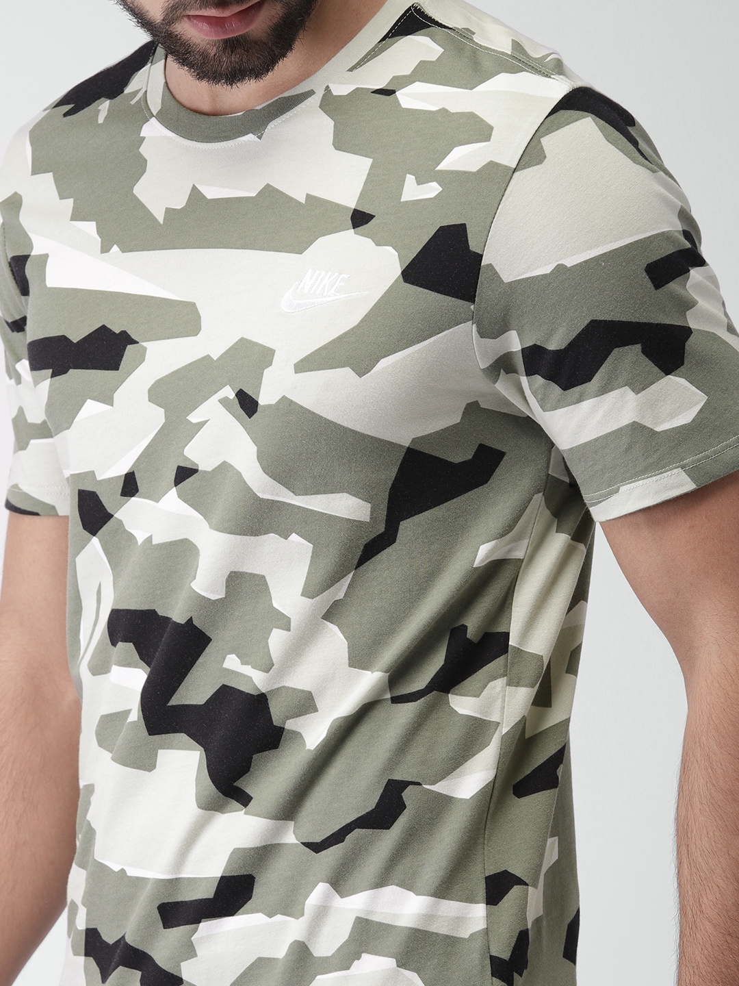 5e6a46d9ca19 Buy Nike Men Olive Green   Black Printed AS NSW CAMO PACK 1 Round ...