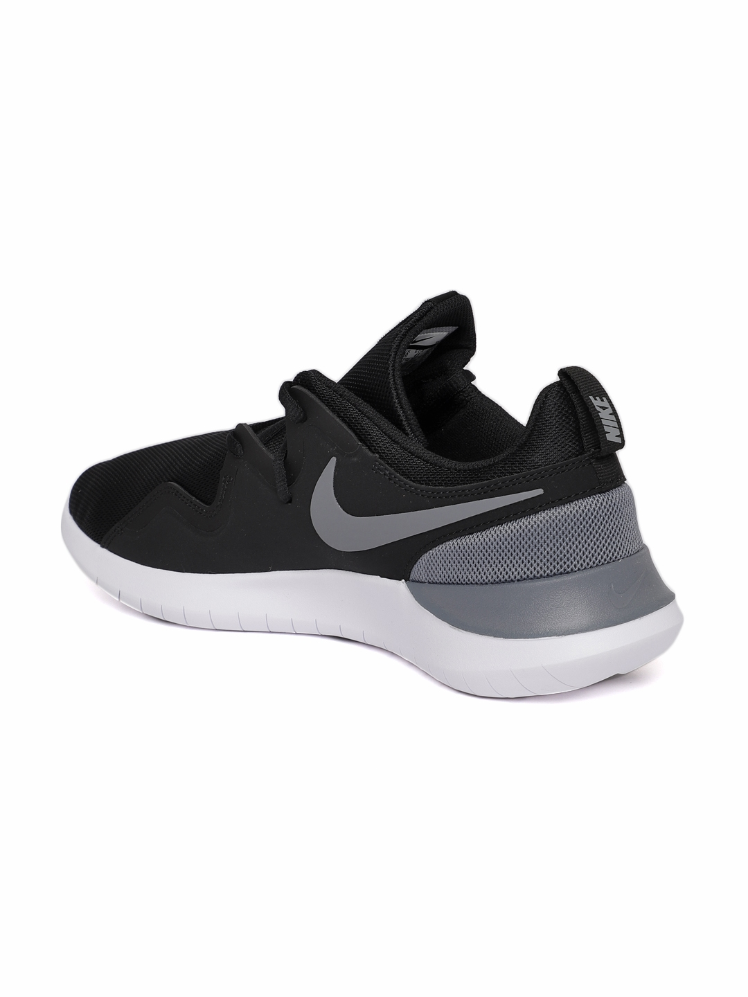 new arrival 6fc1e 5ccaa Nike Men Black Tessen Sneakers