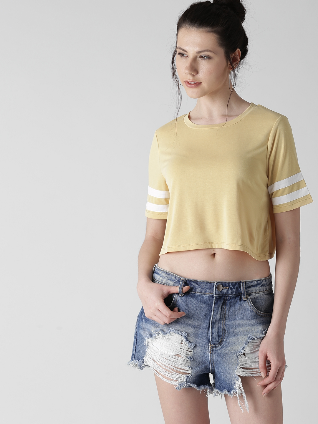 0888c72dab7 Buy FOREVER 21 Women Yellow Solid Round Neck Crop T Shirt - Tshirts ...