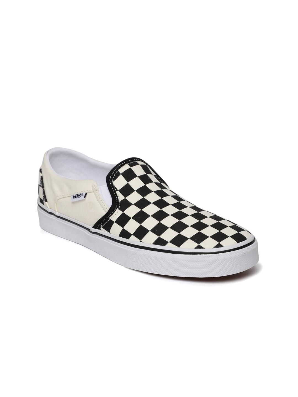 e12978a274 Buy Vans Women Black   Cream Coloured Checked Asher Slip On Sneakers ...