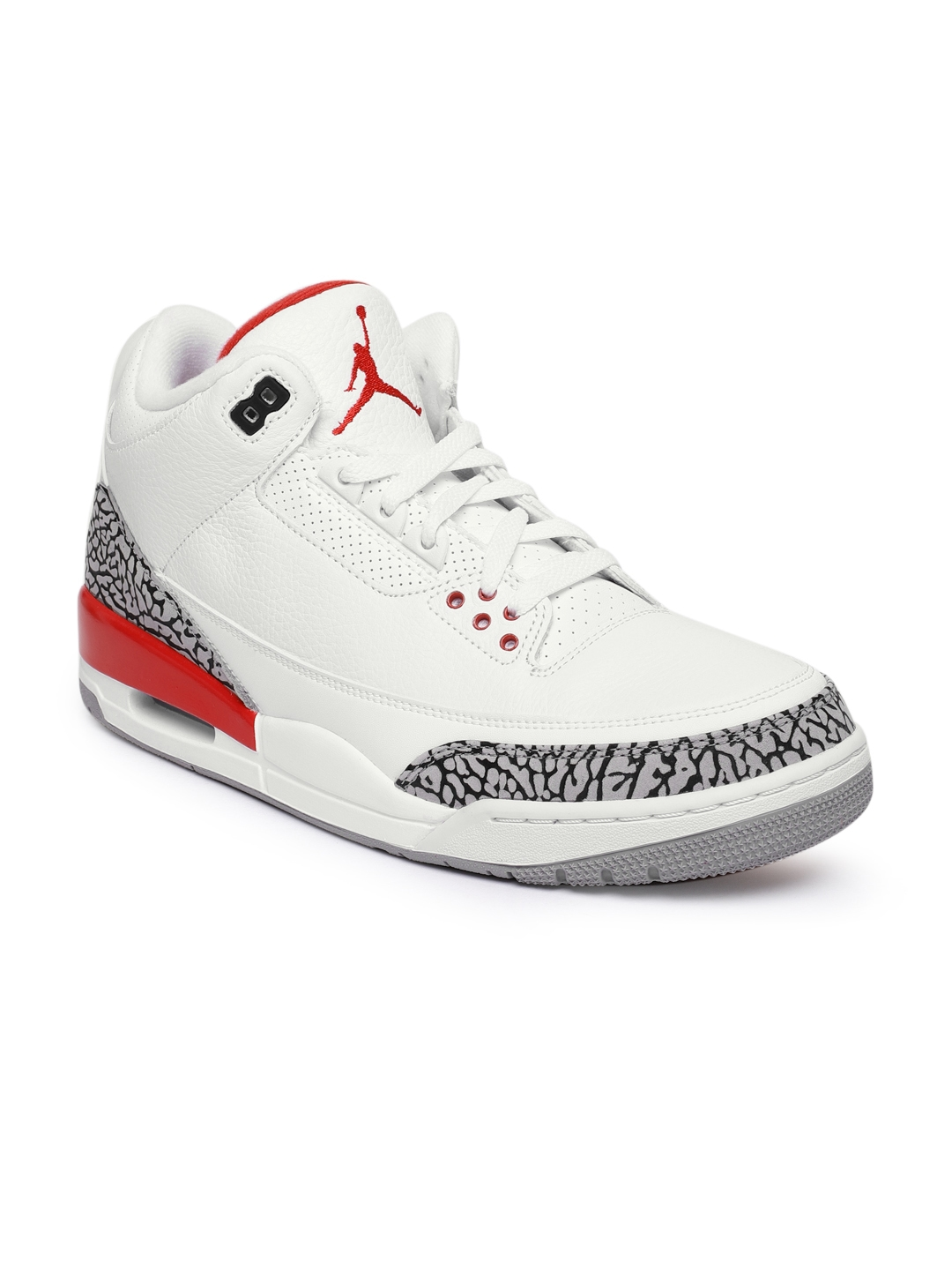 b78d2cfbaf41d3 Buy Nike Men White Air Jordan 3 Retro Leather Basketball Shoes ...