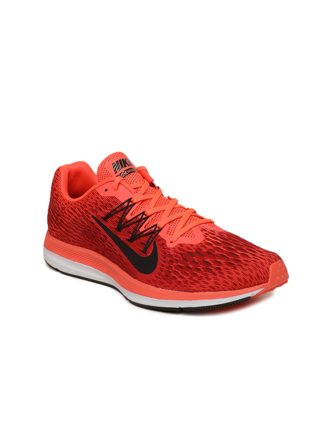 91215e7c7dbf Nike Men Fluorescent Orange   Red Printed Air Zoom Winflo 5 Running Shoes