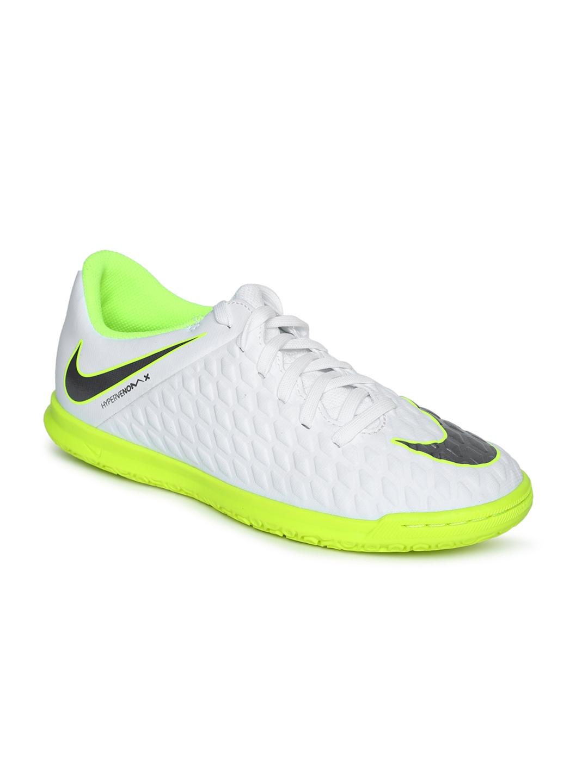 79e1f4346 Buy Nike Unisex White JR PHANTOMX 3 CLUB Football Shoes - Sports ...