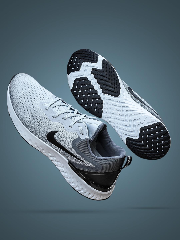 official photos 92932 4cbbf Nike Men Grey ODYSSEY REACT Running Shoes