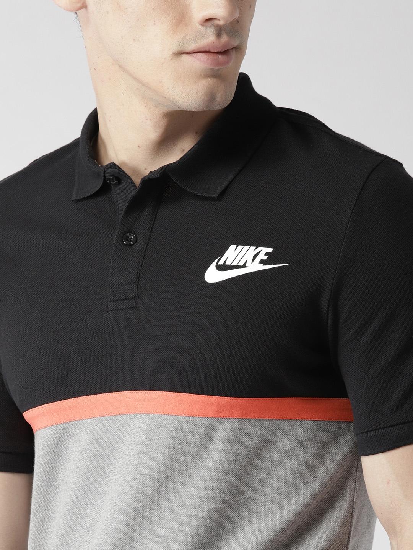 db804ec5 Buy Nike Men Grey Melange & Black Colourblocked AS NSW MATCHUP PQ ...