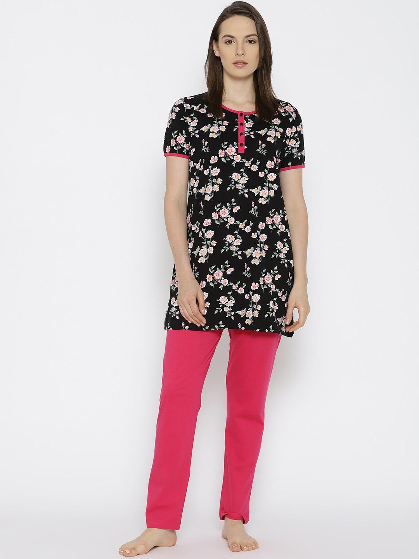 7a8e91d865 Buy Kanvin Women Black & Pink Floral Print Night Suit MJKSS18191A ...