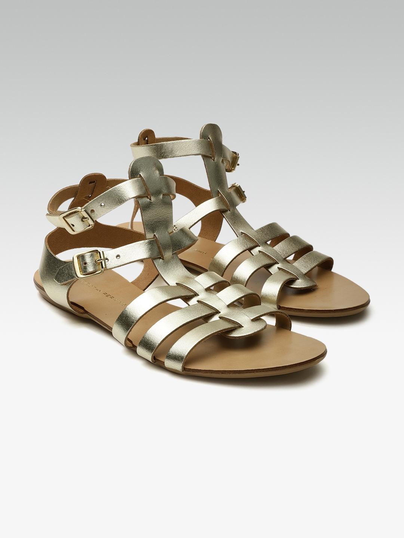 eddb58674b3e DOROTHY PERKINS Women Gold-Toned Solid Leather Open Toe Gladiators