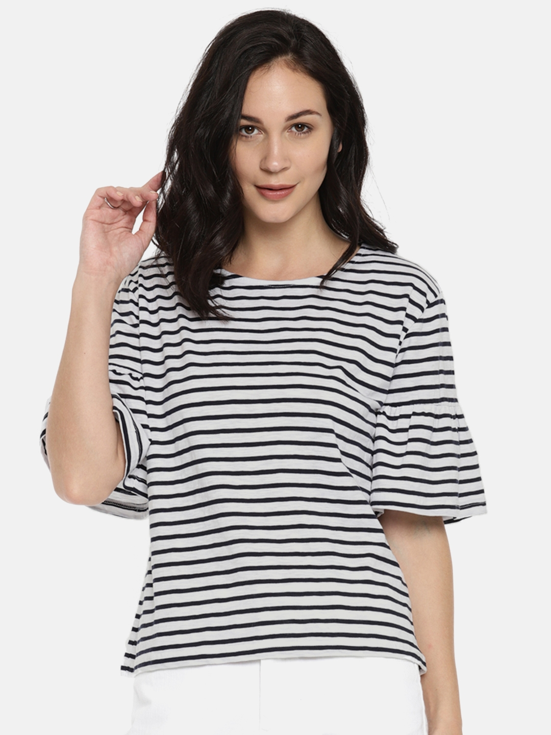 be5663ca1a7308 Buy Fame Forever By Lifestyle Women White & Navy Blue Striped Top ...
