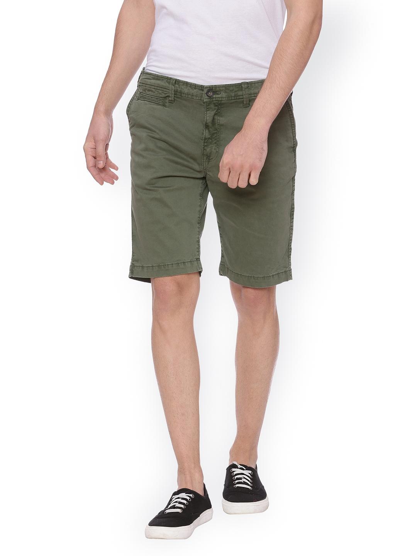 Basics Men Olive Green Solid Regular Fit Regular Shorts