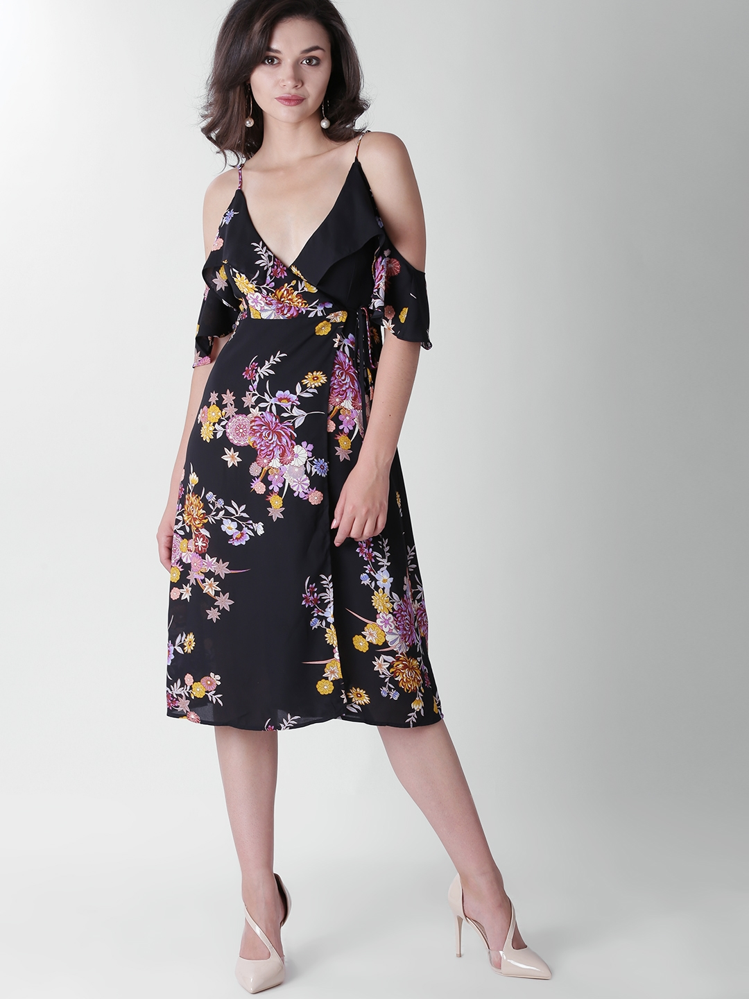 3f17b4a02e3 Buy FOREVER 21 Women Black Floral Print Wrap Dress - Dresses for ...