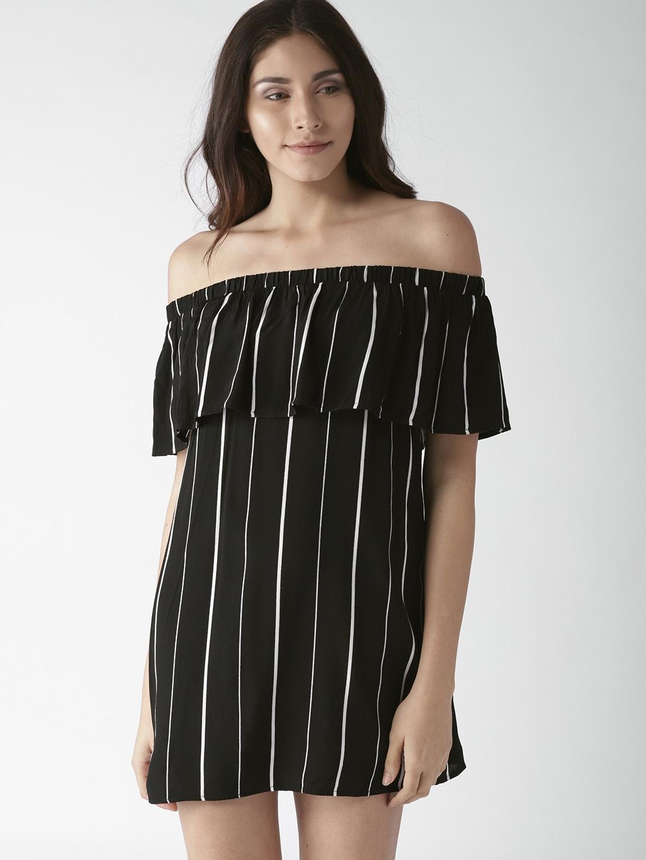 ee18a1f6de Buy FOREVER 21 Women Black   White Striped Mini Shift Dress ...
