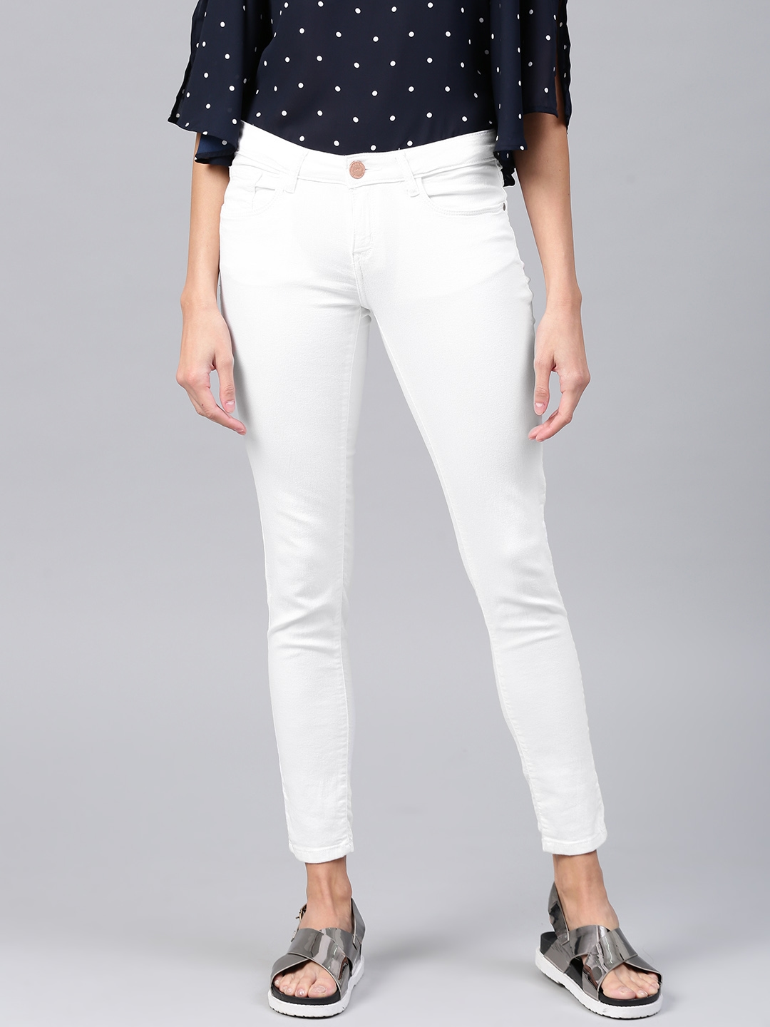 9e017bf2cb Tokyo Talkies Women White Super Skinny Fit Mid-Rise Ankle Length  Stretchable Jeans