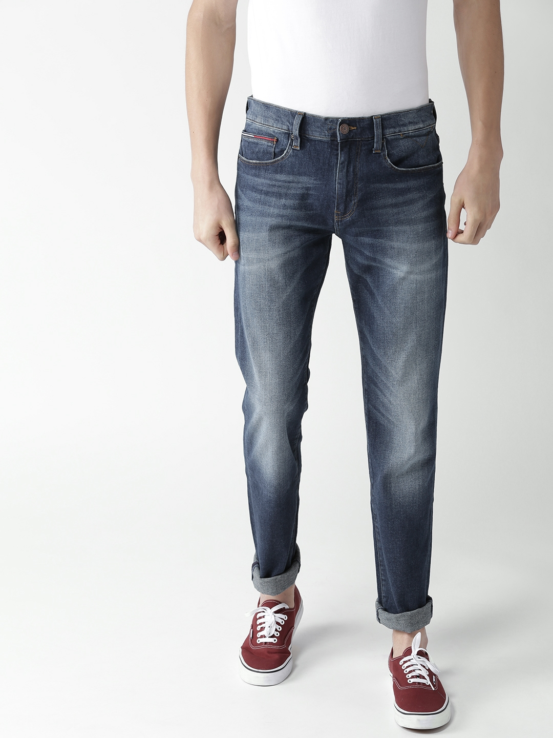 35fa45650 Tommy Hilfiger Men Blue Classic Straight Fit Mid-Rise Clean Look  Stretchable Jeans