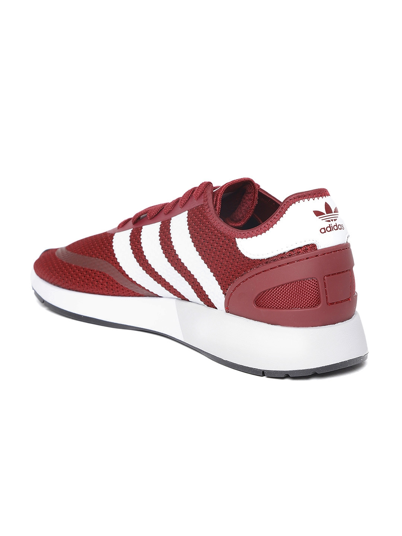 timeless design 0c8ff 159fc ADIDAS Originals Men Maroon N-5923 Casual Shoes