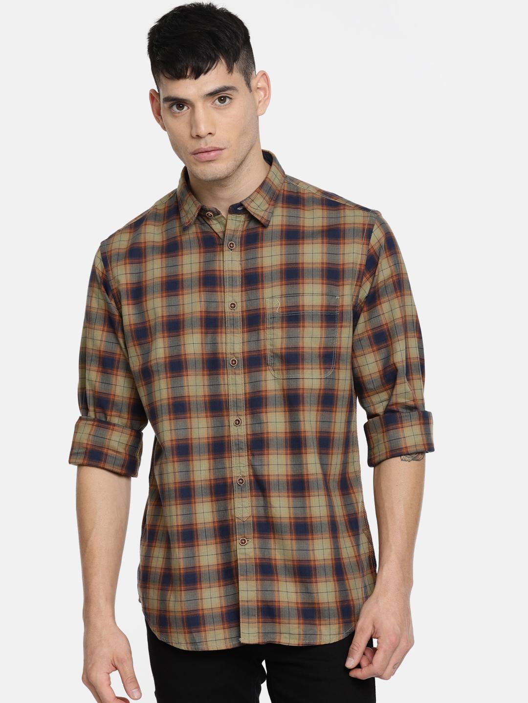 57b07def50c Buy Indian Terrain Men Brown   Navy Slim Fit Checked Casual Shirt ...