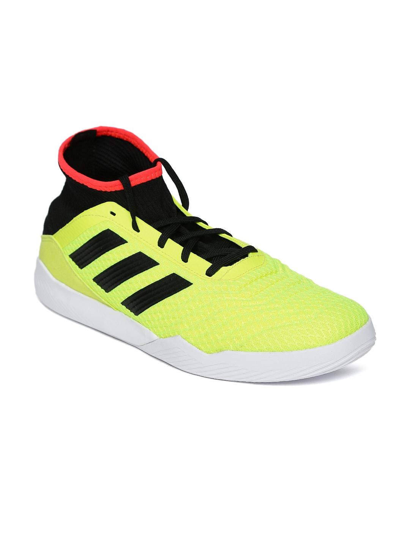 fa8b90f9f950 Buy ADIDAS Men Neon Yellow   Black Predator Tango 18.3 TR Football ...