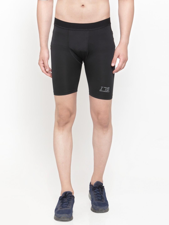 Invincible Men Black Solid Slim Fit Compression Base Layer Shorts