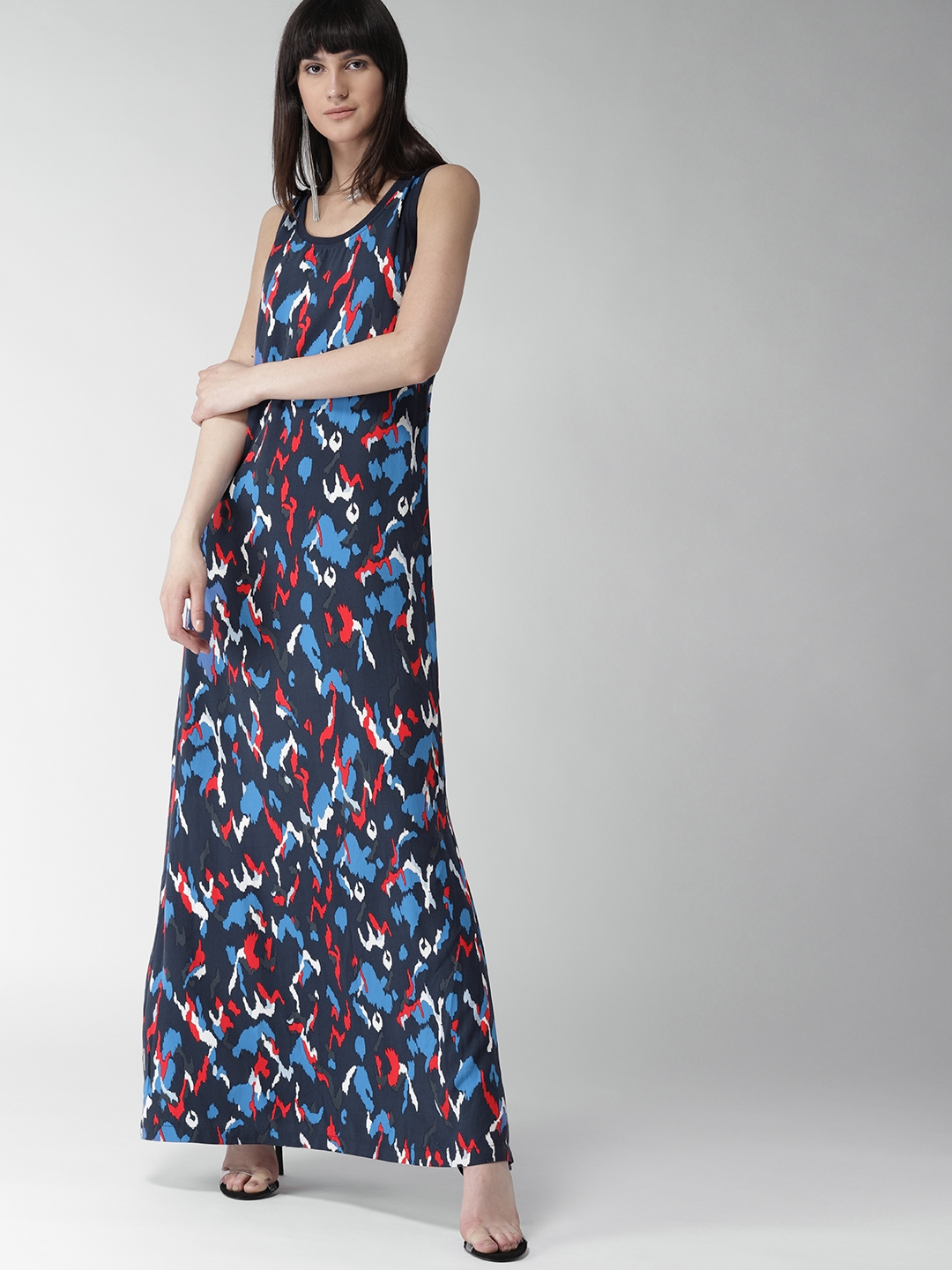ee6be391273 Buy Tommy Hilfiger Women Navy Blue Printed Maxi Dress - Dresses for ...