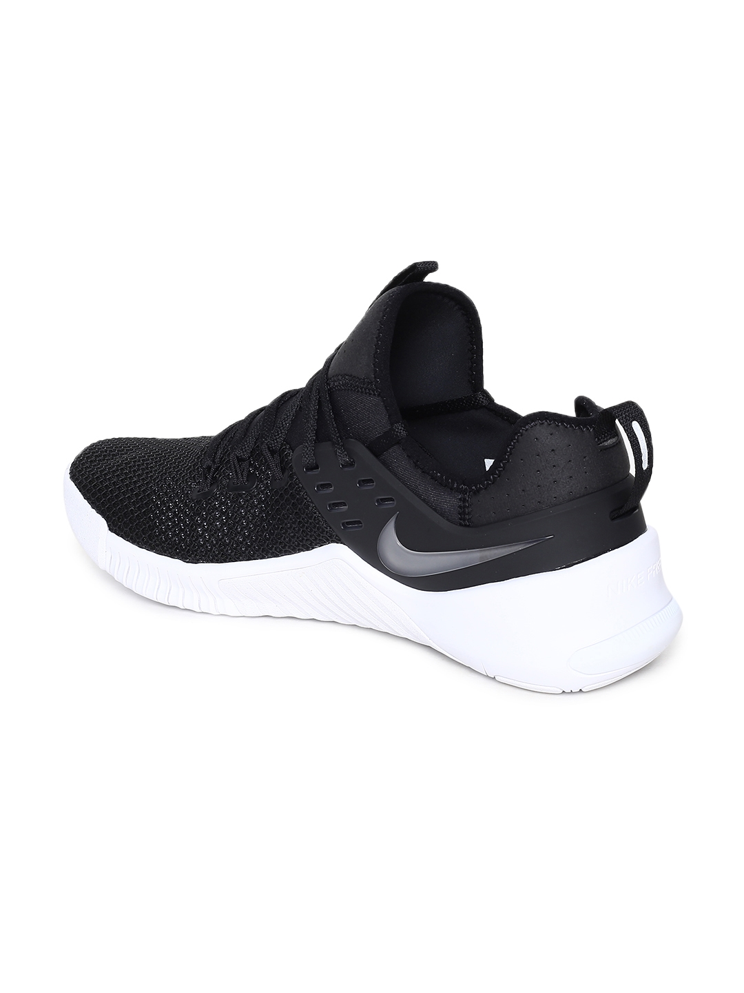 super popular ee5ed 47abc Nike Men Black Free Metcon Training or Gym Shoes