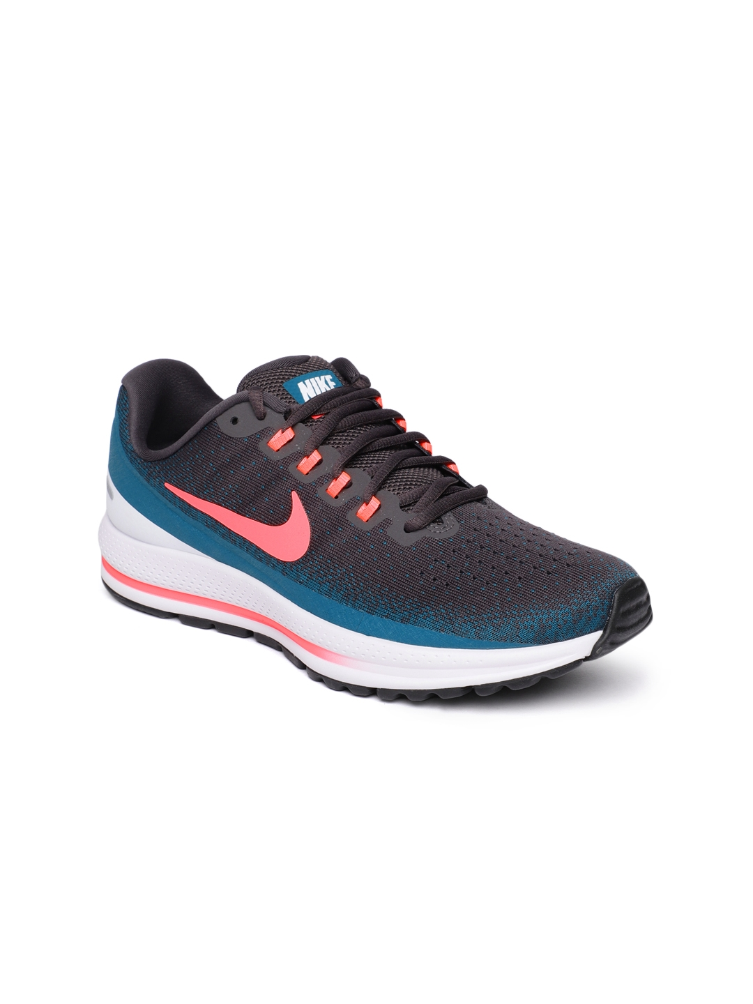 reputable site 03e92 8c715 Nike Women Grey Air Zoom Vomero 13 Running Shoes