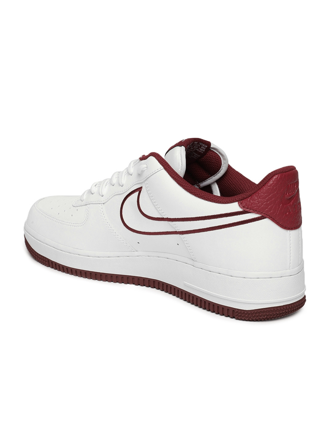 new product 5ebe2 ea52e Nike Men White Air Force 1 07 Leather Casual Shoes