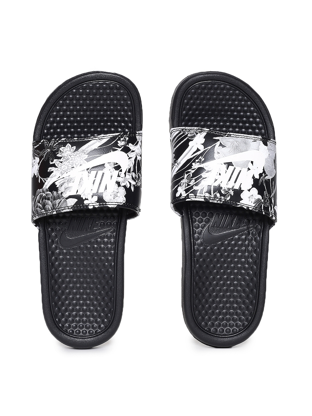abdf45505 Buy Nike Women Black   White Printed Sliders WMNS BENASSI JDI PRINT ...