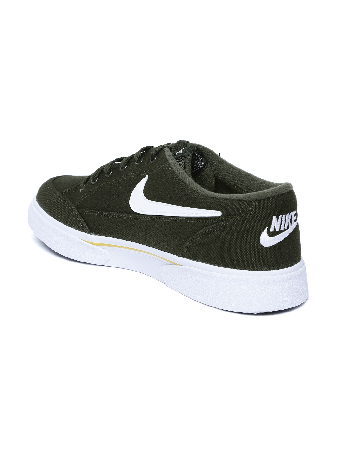 the latest 62515 aaf9d Nike Men Olive Green GTS 16 Sneakers