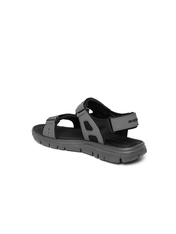 5329db7d0221 Buy Skechers Men Black   Grey Flex Advantage 1.0 Upwell Sports ...