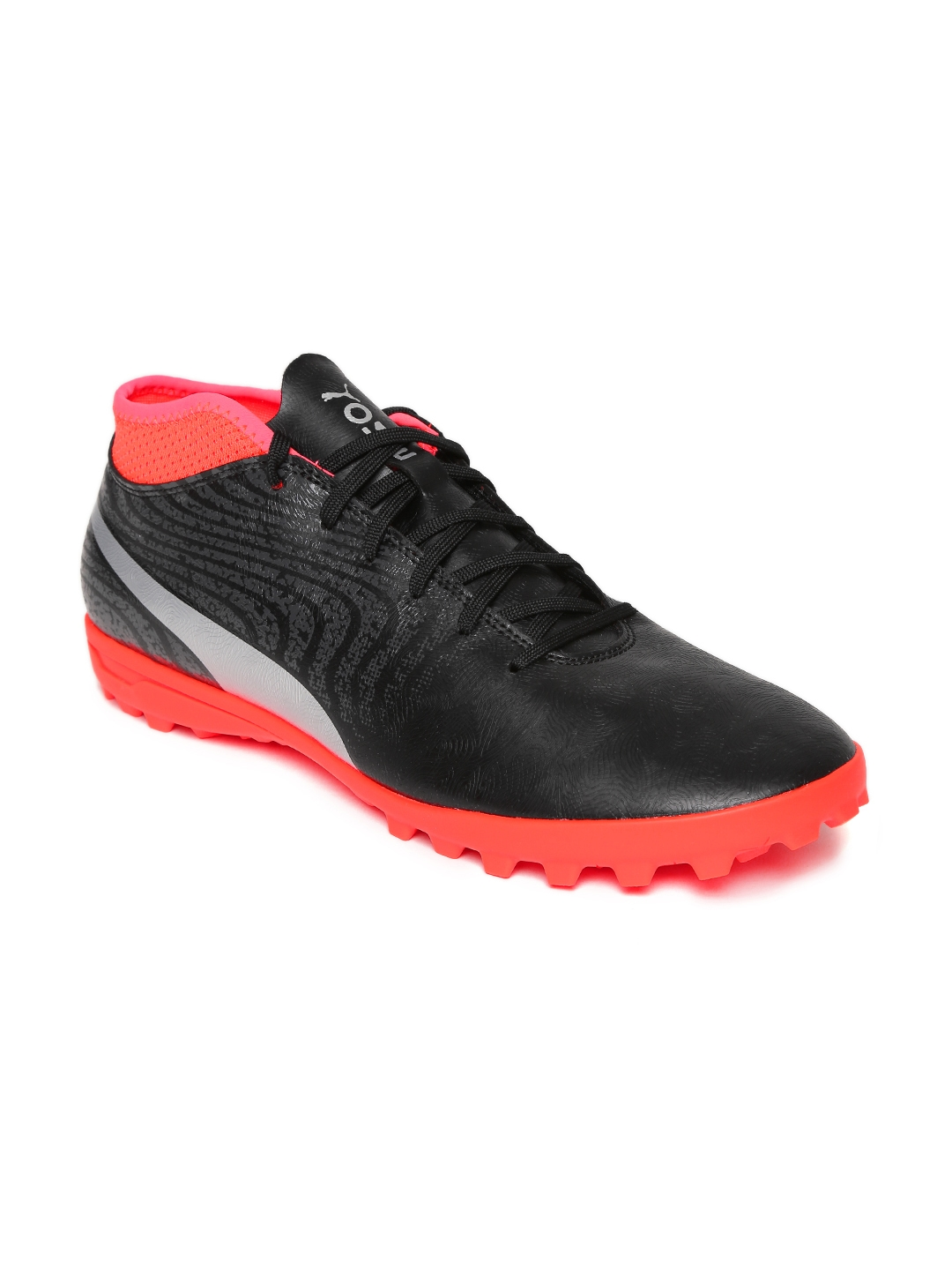 4fcee07dff4b Buy Puma Men Black One 18.4 Team Training Football Shoes - Sports ...