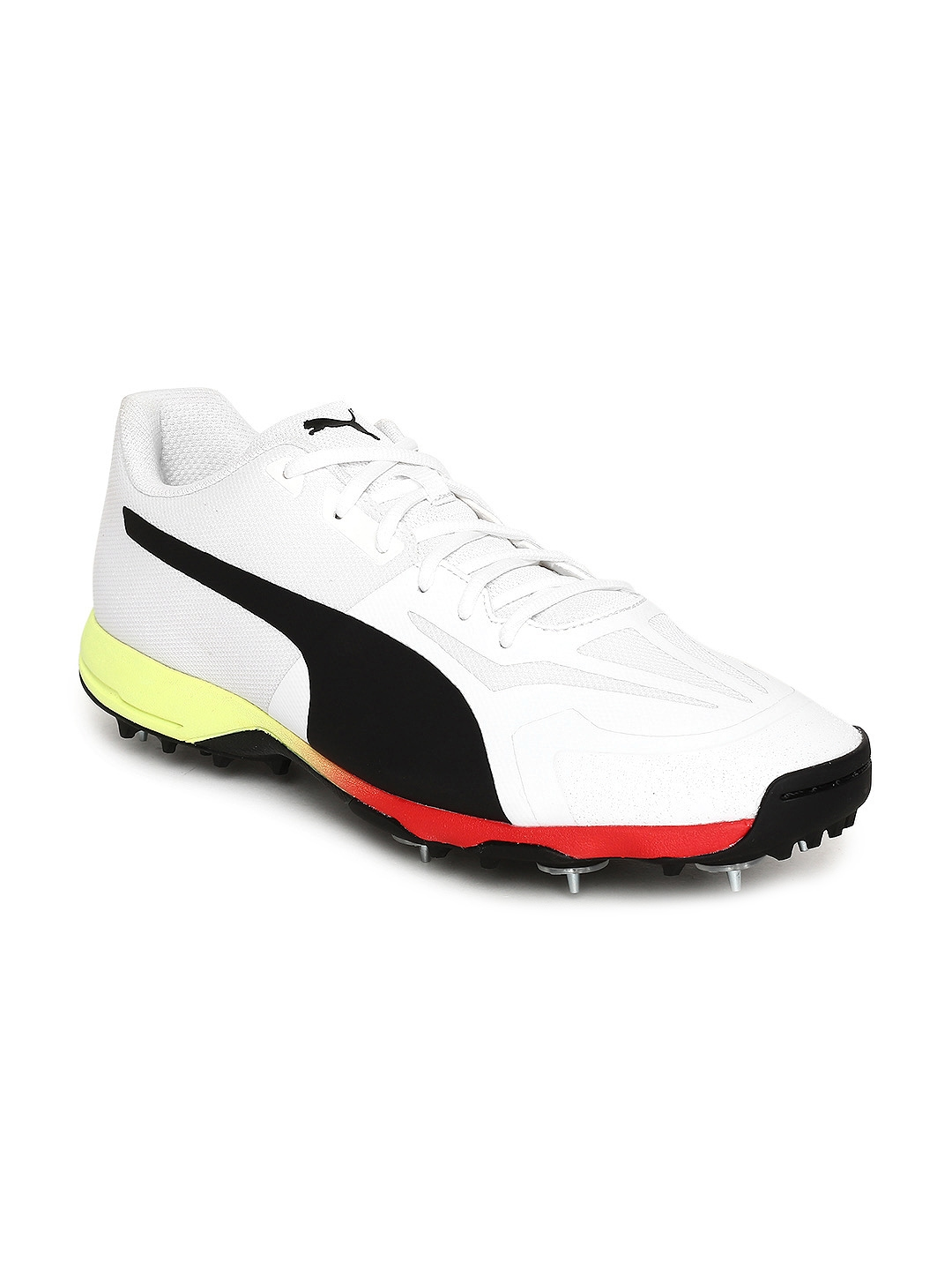Buy Puma Men White EvoSPEED 18.1 Cricket Shoes - Sports Shoes for ... a60077292