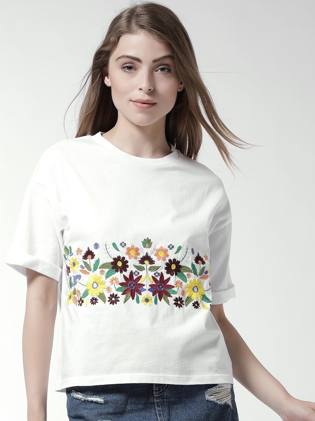 9ecd0ccb6388b Buy FOREVER 21 Women White Embroidered Boxy Top - Tops for Women ...