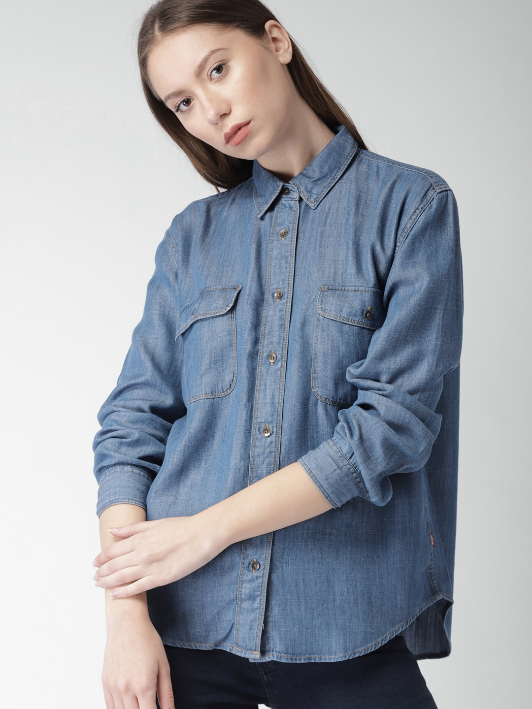 f58d0338f3fb Buy Levis Women Blue Classic Regular Fit Chambray Casual Shirt ...