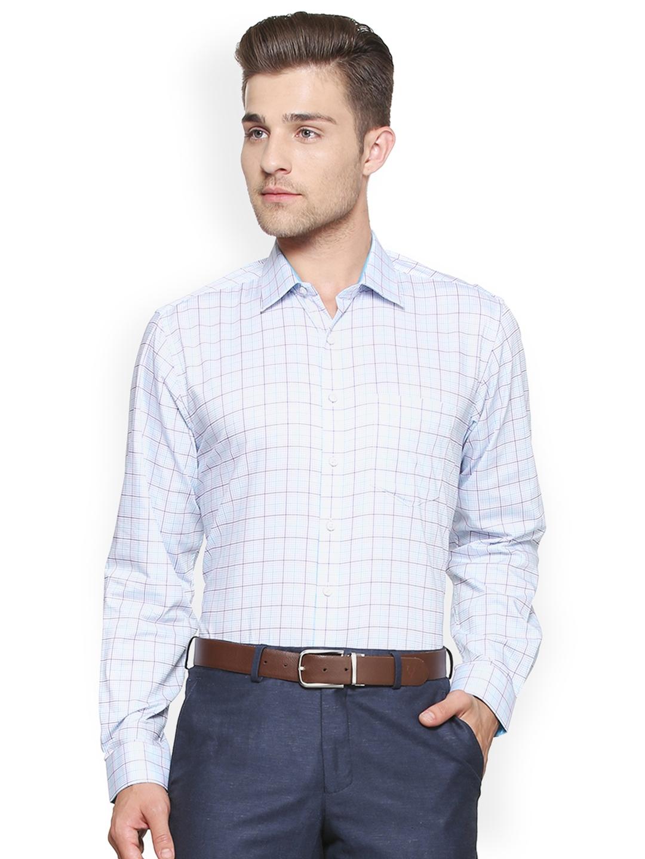 47d81f735aa Buy Van Heusen Men Blue Custom Regular Fit Checked Formal Shirt ...
