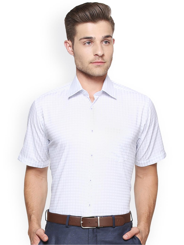 eeaf1468429 Buy Van Heusen Men White   Blue Regular Fit Checked Formal Shirt ...