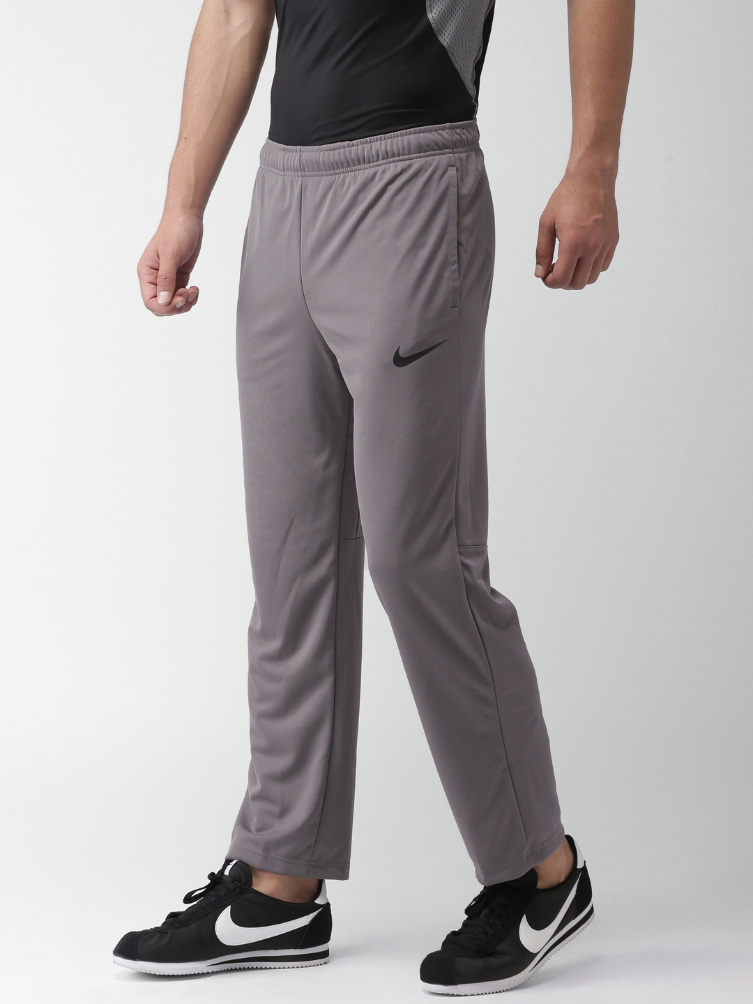huge discount 37e8b 0d794 Nike Men Charcoal Grey AS M NK PANT EPIC KNIT Standard Fit Track Pants