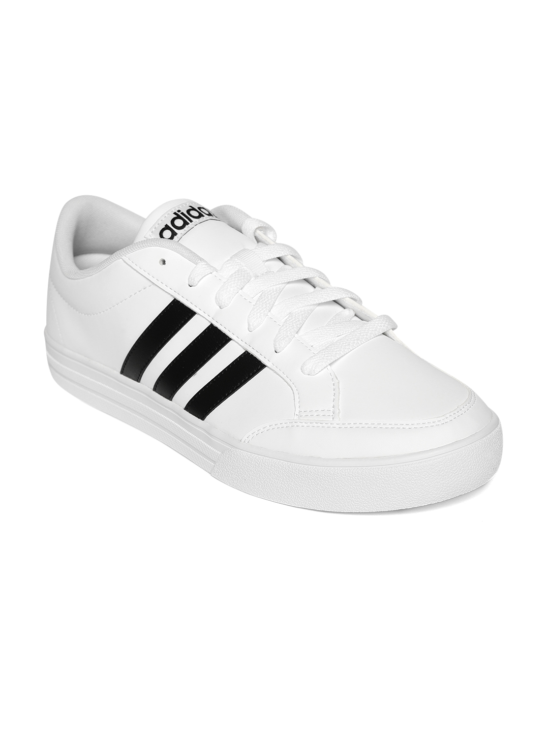 ADIDAS Men White VS Set Tennis Shoes