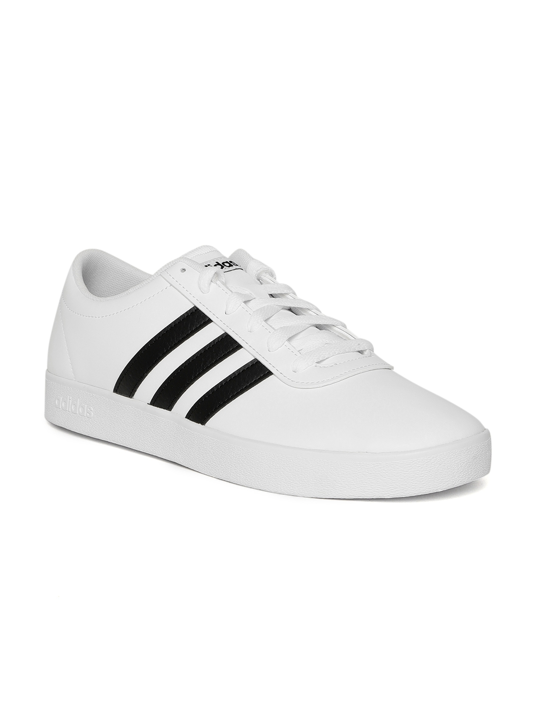 3a26228dfa54 Buy ADIDAS Originals Men White Easy VULC 2.0 Skateboarding Shoes ...