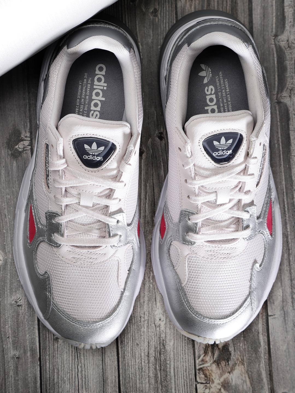 nouveau produit 4a135 da162 ADIDAS Originals Women Pink & Silver-Toned Falcon Sneakers