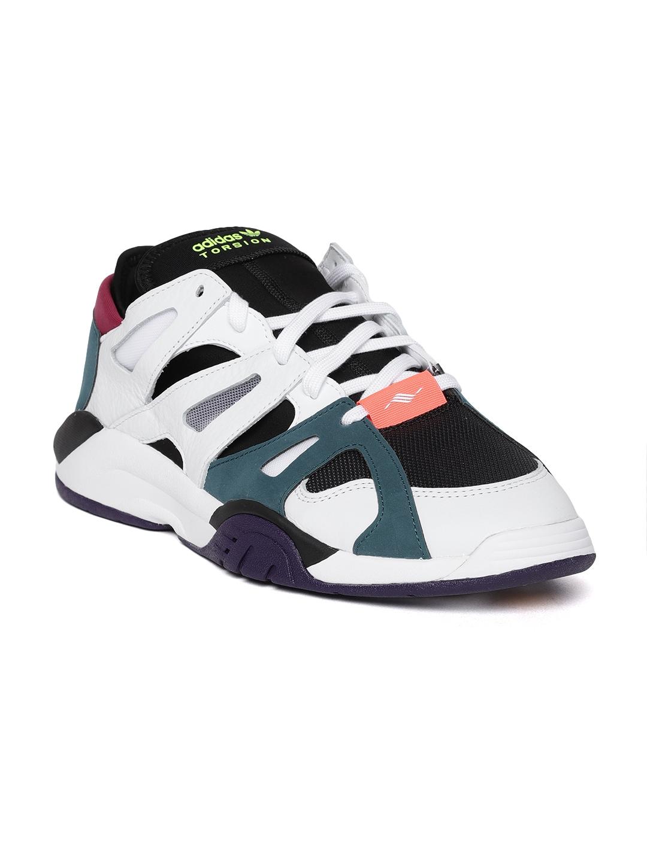 the best attitude 2c919 e0a0b Adidas Originals Men Black  White Colourblocked Dimension Low Top Sneakers
