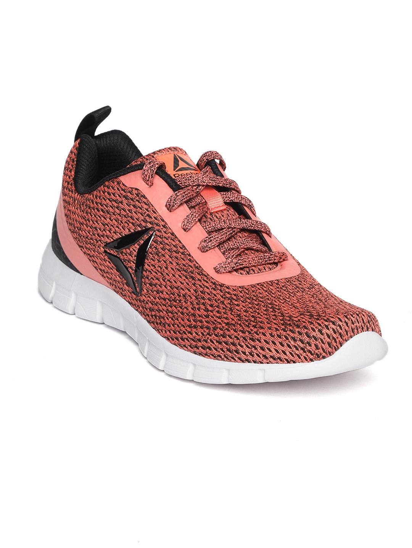 24974323204 Buy Reebok Women Coral Pink   Black Zoom Runner LP Running Shoes ...