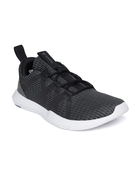e5627345f180 Buy Reebok Men Black Reago Pulse Training Shoes - Sports Shoes for ...