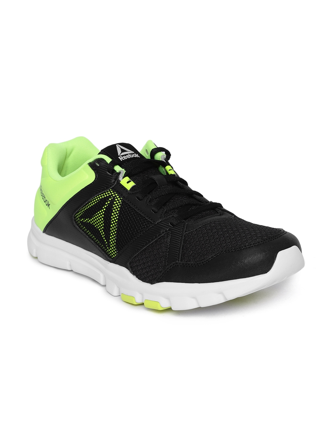 b9a05fb7b22e78 Buy Reebok Men Black YOURFLEX TRAIN 10 MT Training Or Gym Shoes ...