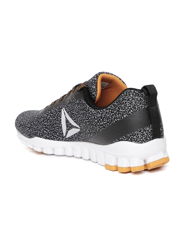 0dc9965f943e0 Buy Reebok Men Black   Grey Harmony Run LP Running Shoes - Sports ...